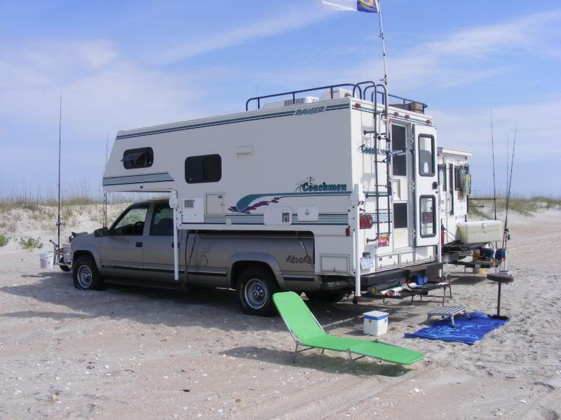 Chevrolet 4x4 Coachman Ranger Camper