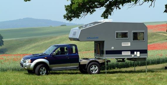 using mounting jacks to install camper on truck truck. Black Bedroom Furniture Sets. Home Design Ideas