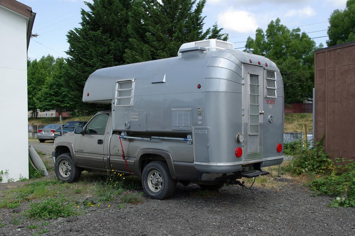 Avion Camper Chevorlet Truck