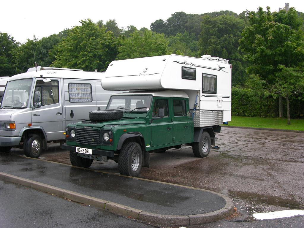 Land Rover Defender Quad Cab 4WD Ranger Camper
