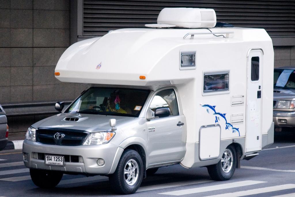 Toyota Dolphin Motorhome Camper Truck Camper Hq