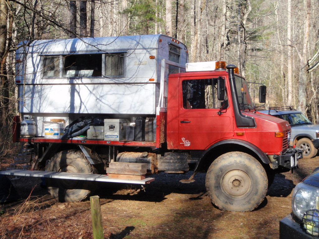 Mog with Alaskan Camper