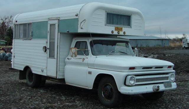 Chevrolet Chinook Truck Camper