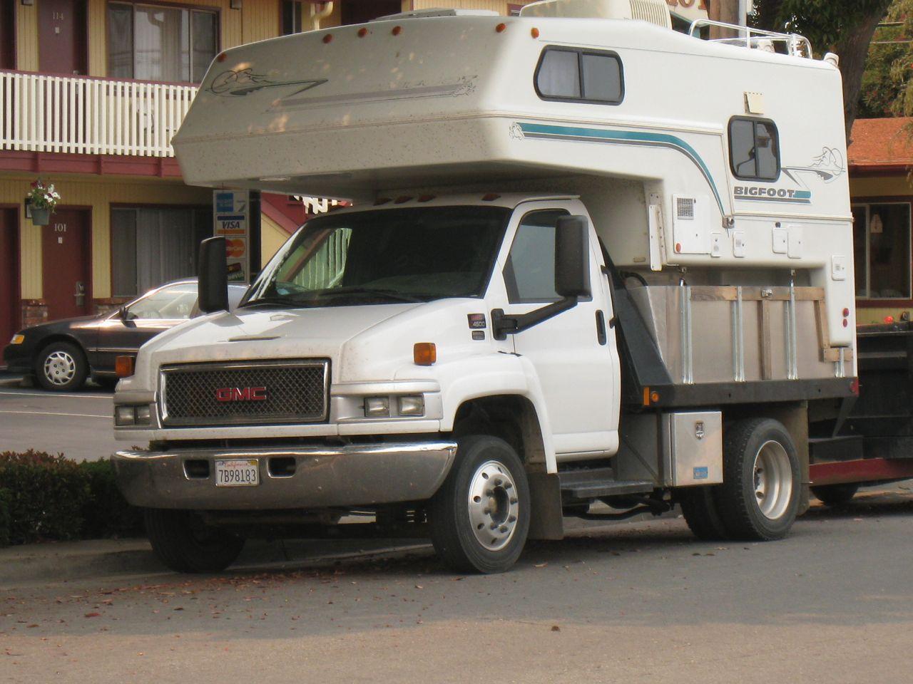 GMC 4500 Bigfoot Camper