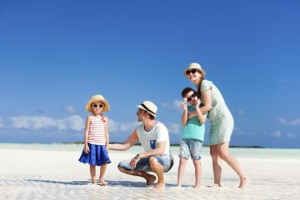 Traveling with the family can get expensive, but following these tips will help you save big. (Photo: Thinkstock)