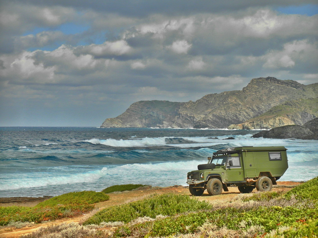 Land Rover Custom Camper Ocean Shoreline